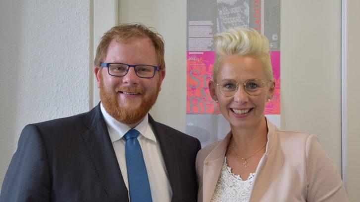 Silvia Breher mit Arno Djuren (Geschäftsführer c-Port)